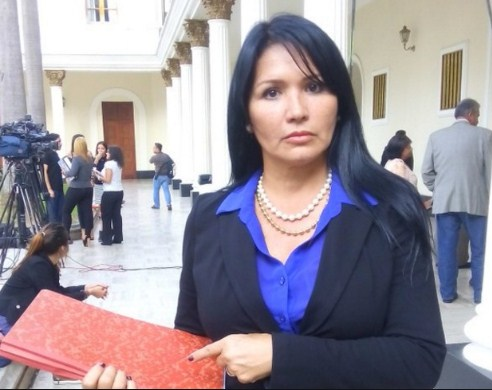 image Madre colombiana integro esta chorreando para todo el mundo