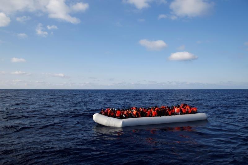 Guardacostas italianos rescataron a 6.500 migrantes frente a la costa libia