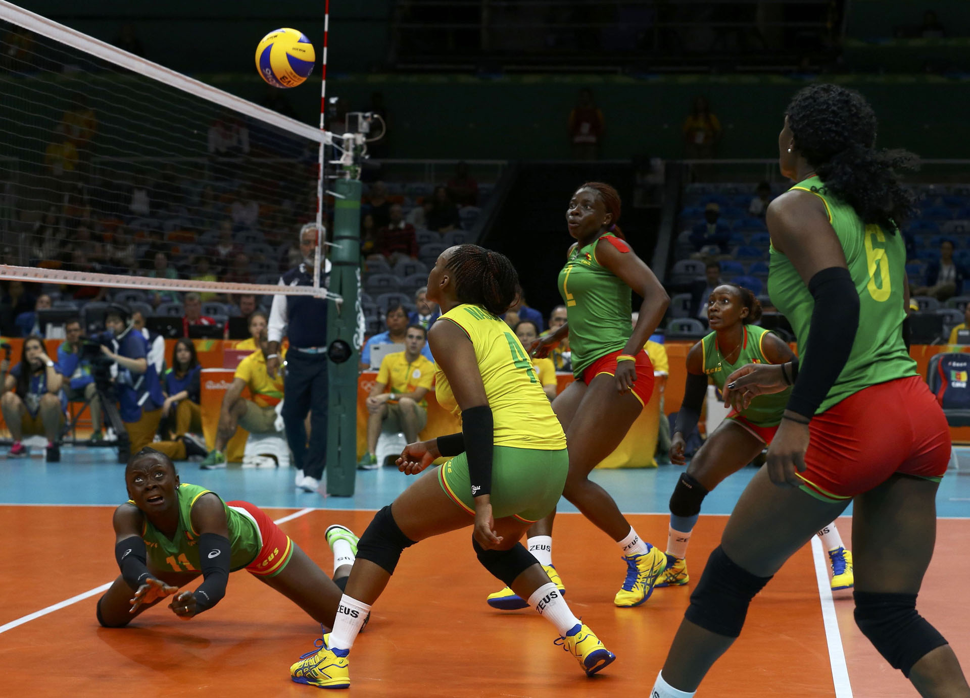 Volleyball - Women's Preliminary - Pool A Russia v Cameroon