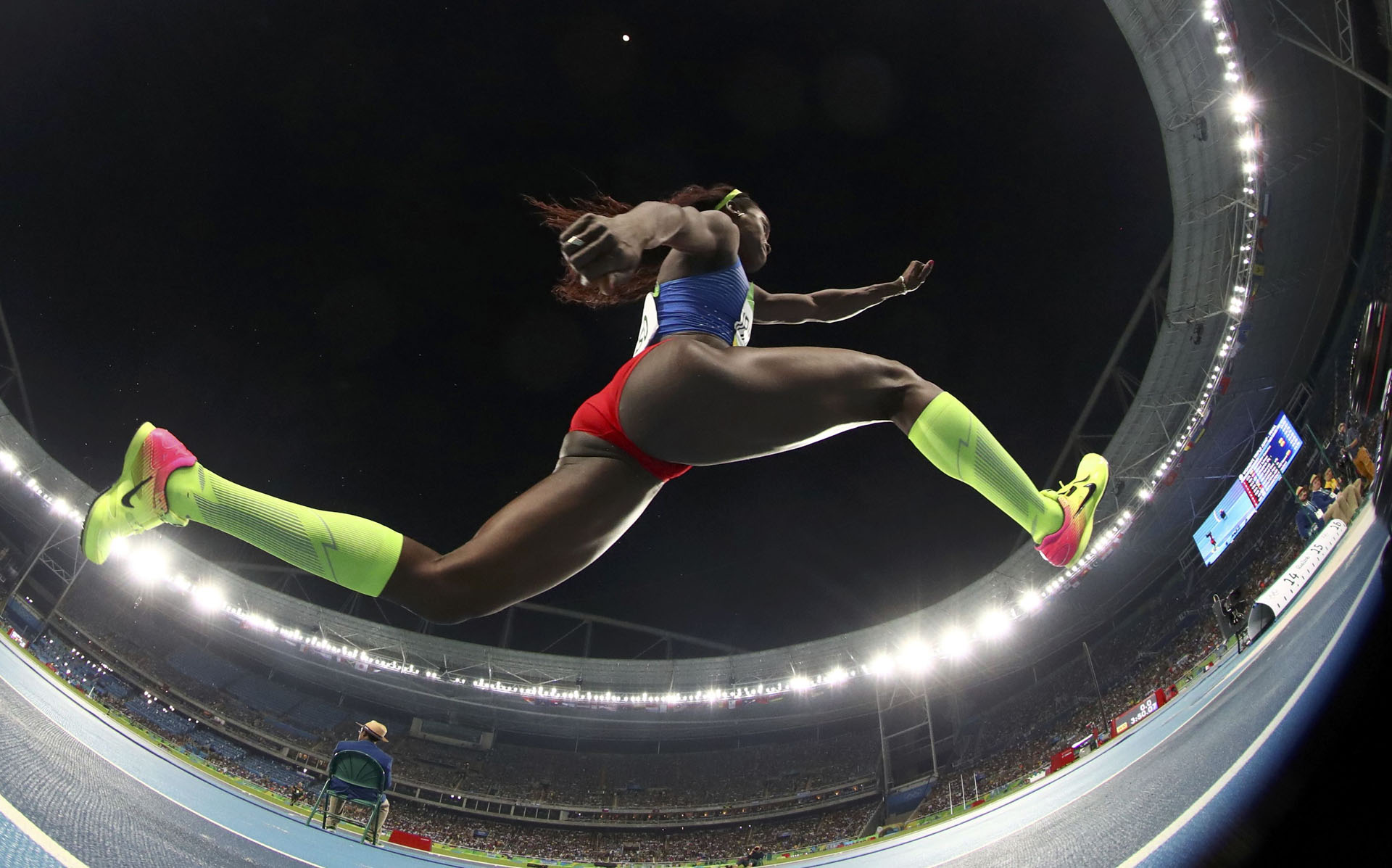 2016 Rio Olympics - Athletics - Final - Women's Triple Jump Final - Olympic Stadium - Rio de Janeiro, Brazil - 14/08/2016.   Caterine Ibarguen (COL) of Colombia competes. REUTERS/Phil Noble  TPX IMAGES OF THE DAY  FOR EDITORIAL USE ONLY. NOT FOR SALE FOR MARKETING OR ADVERTISING CAMPAIGNS.