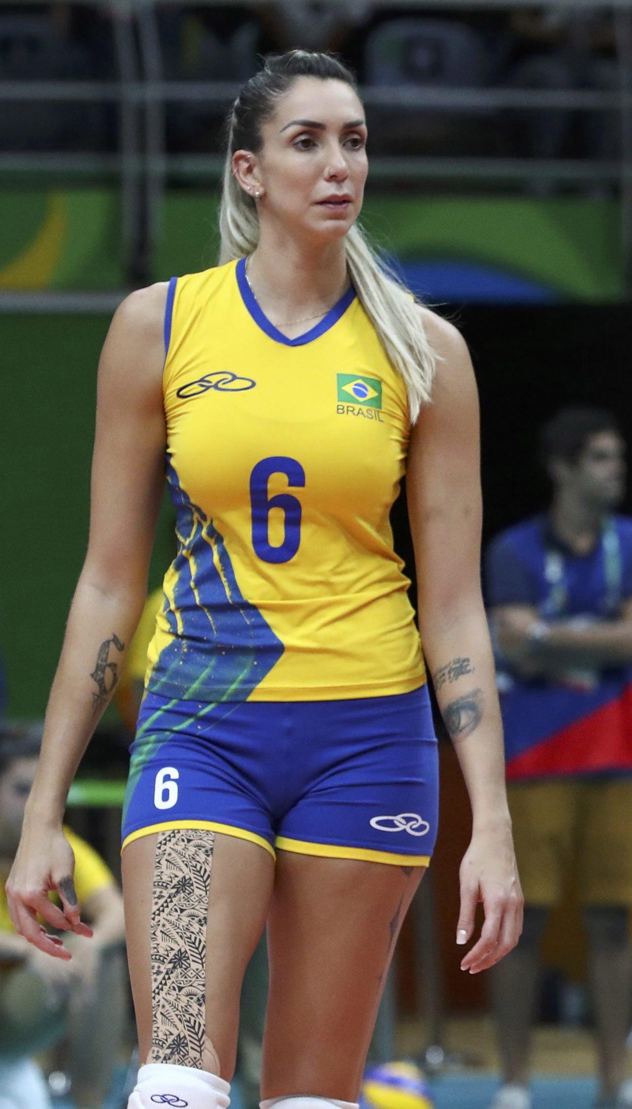Thaisa-Menezes (5)