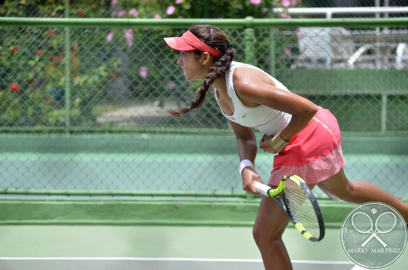 Linares y Castillo chicas invencibles de los Juniors Open 2016 (Fotos)