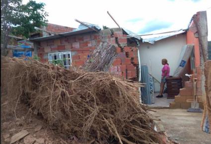 Al menos 19 viviendas se vieron afectadas por las fuertes lluvias en Charallave