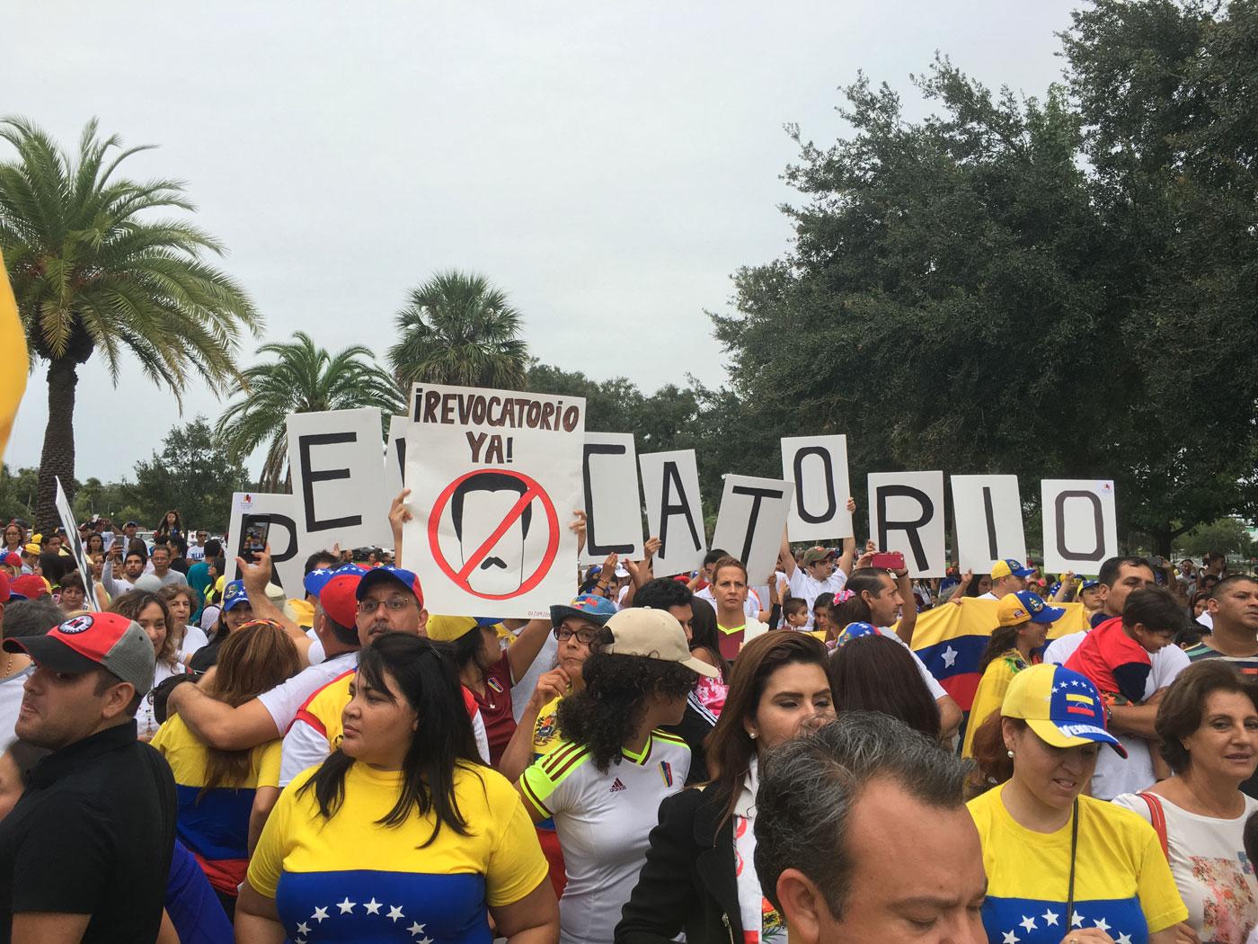 Las manifestaciones de venezolanos en el exterior tienen for Venezolanos en el exterior