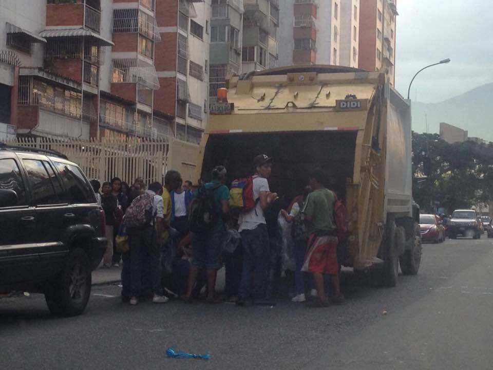 Venezolanos-comiendo-desechos (13)