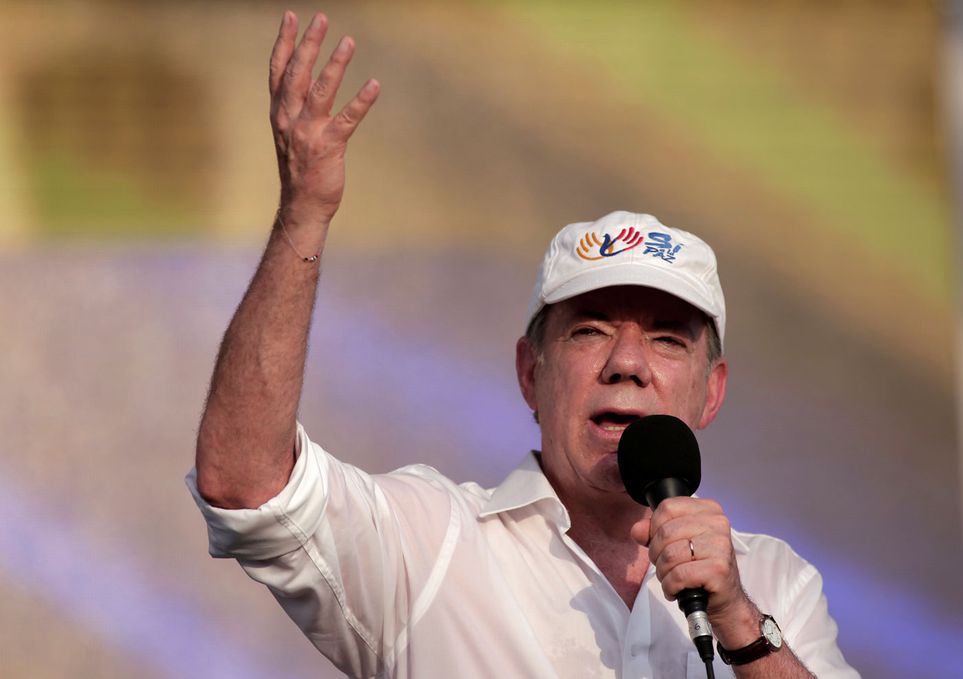 Santos instó a Maduro a dialogar para superar la crisis venezolana