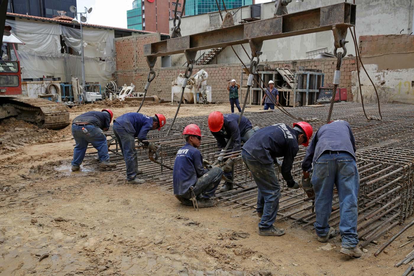2016-10-07T114955Z_688128936_D1AEUFPCTFAA_RTRMADP_3_VENEZUELA-CONSTRUCTION