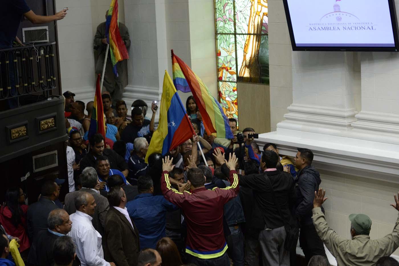 Gobierno de Nicolas Maduro. - Página 18 000_HF3BN
