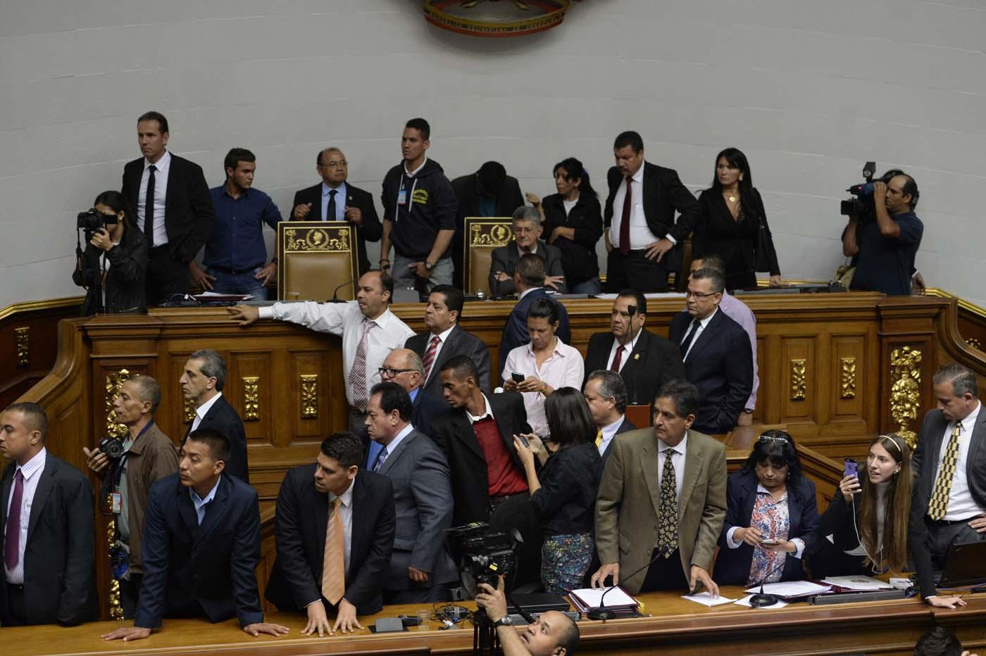 Gobierno de Nicolas Maduro. - Página 18 000_HF3C8