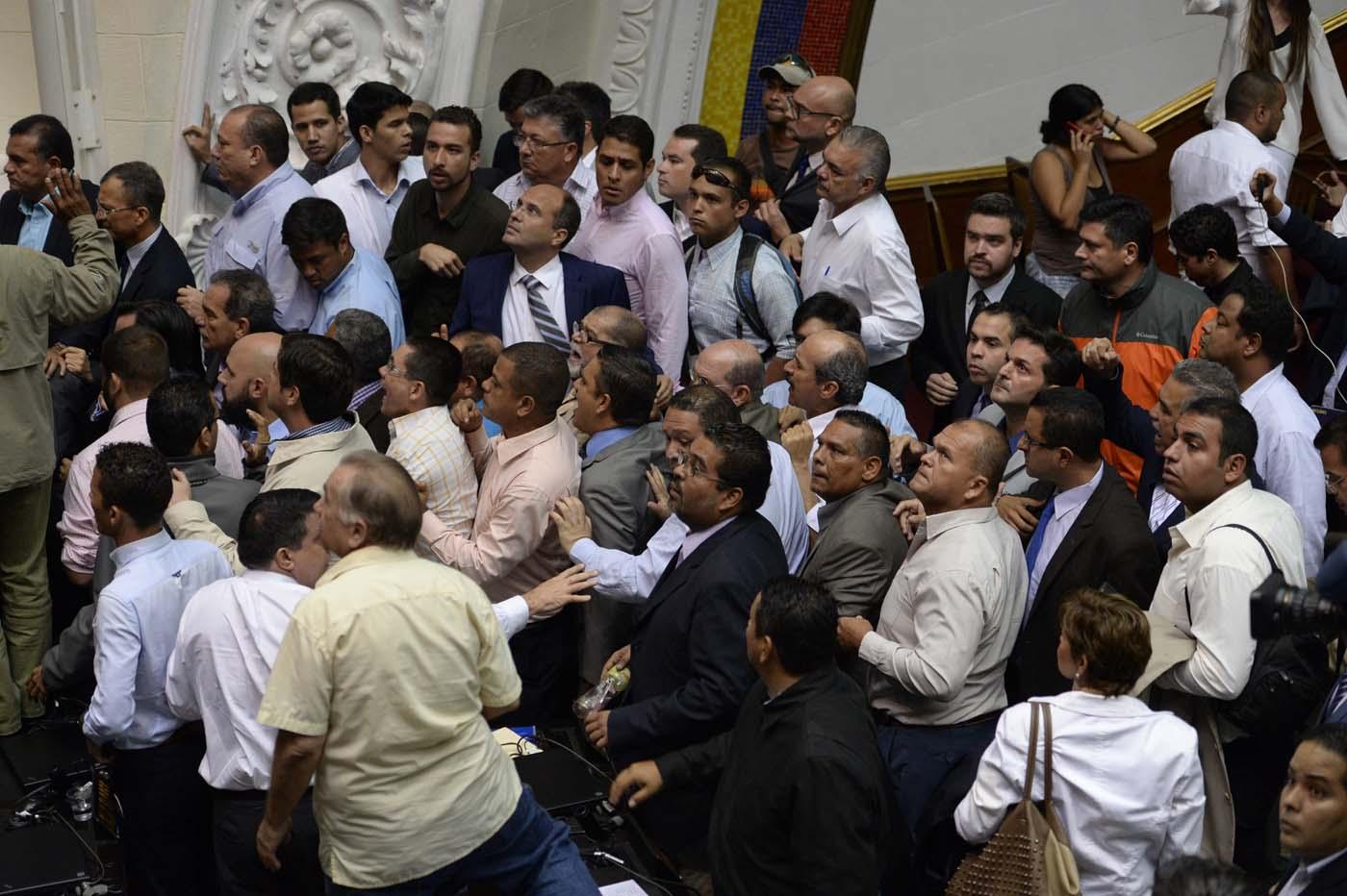 Gobierno de Nicolas Maduro. - Página 18 000_HF3CA