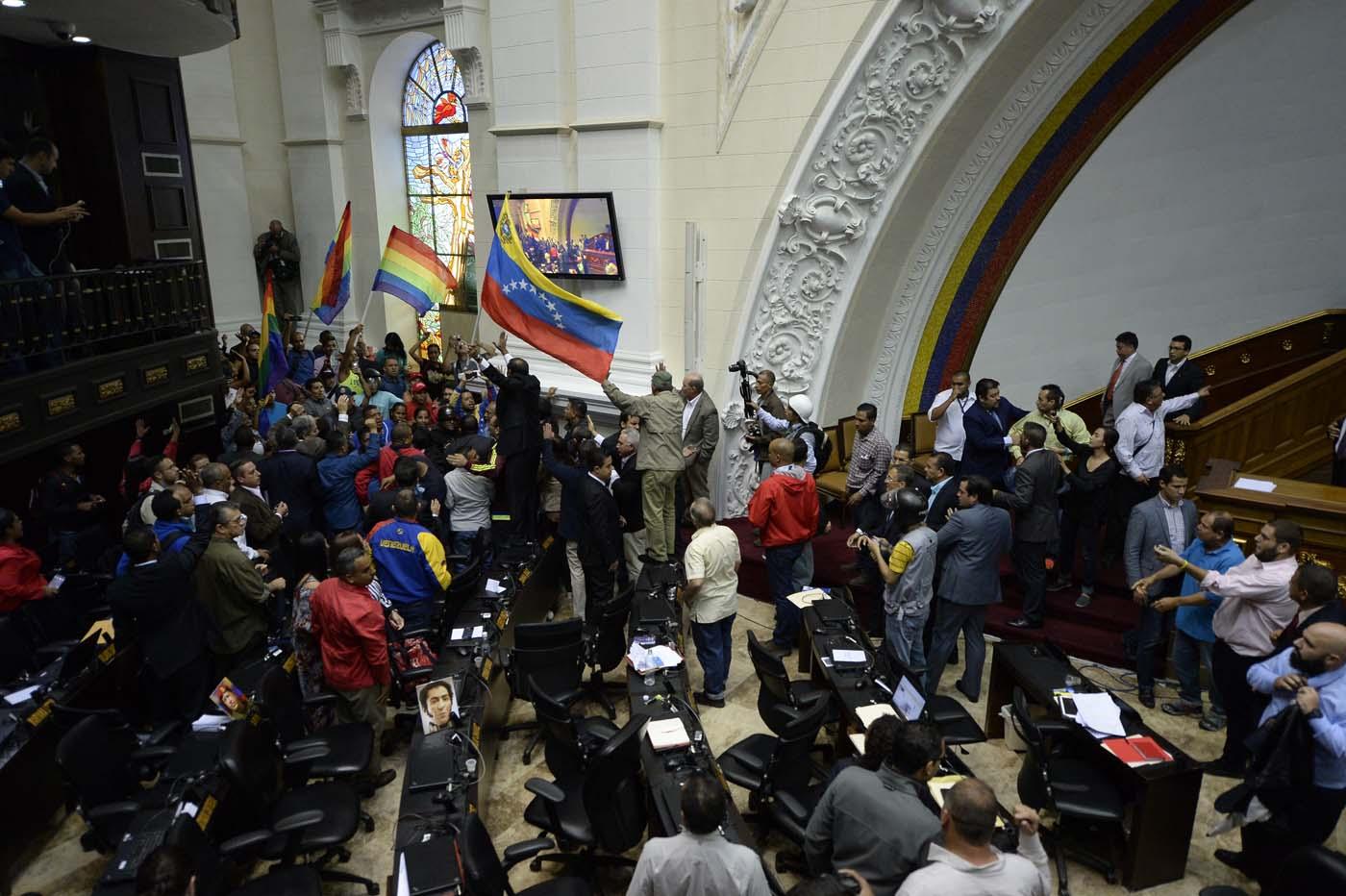 Gobierno de Nicolas Maduro. - Página 18 000_HF3CC