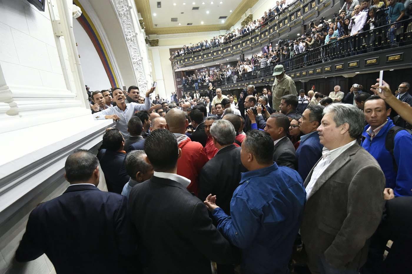 Gobierno de Nicolas Maduro. - Página 18 000_HF3CU