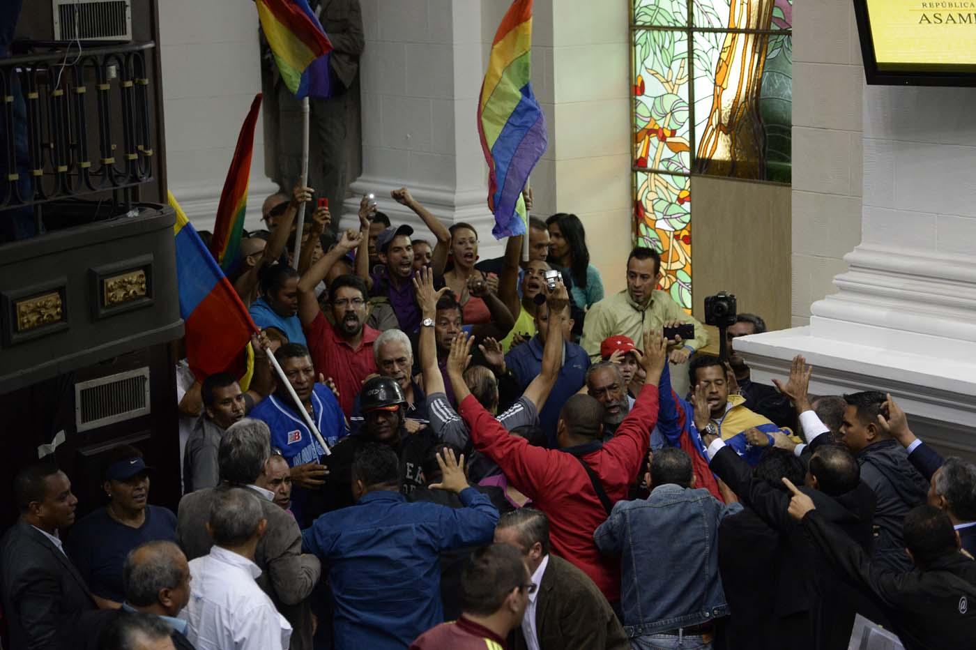 Gobierno de Nicolas Maduro. - Página 18 000_HF3DY