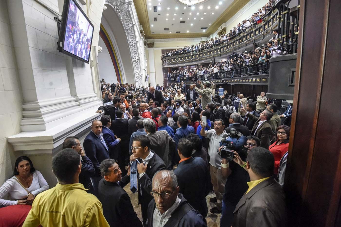 Gobierno de Nicolas Maduro. - Página 18 000_HF3QJ