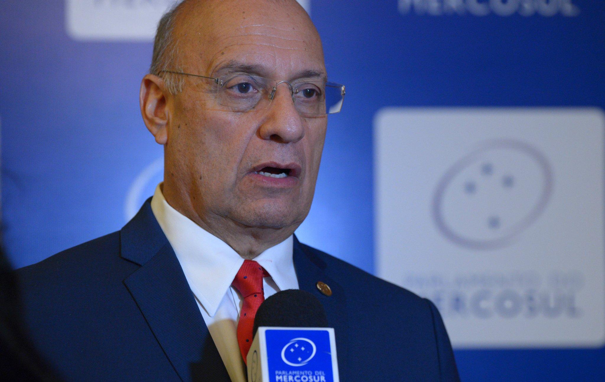 El presidente de la Comisión de Asuntos Internacionales, Interregionales y Planeamiento Estratégico del Parlamento del MERCOSUR (Parlasur), Williams Dávila