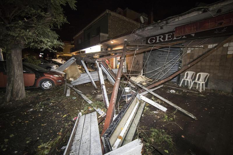 Tras sismo, tornado azota los alrededores de Roma