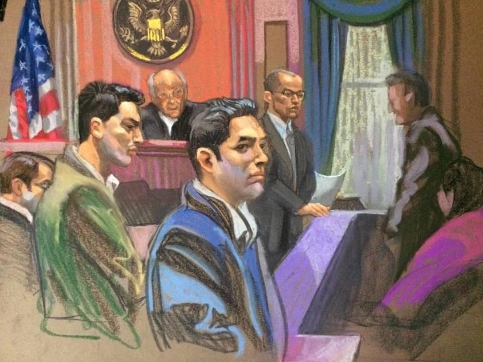 Francisco Flores , izquierda, y Efraín Campo, en la audiencia donde fueron declarados culpables la pasada semana en Nueva York. Christine Cornell