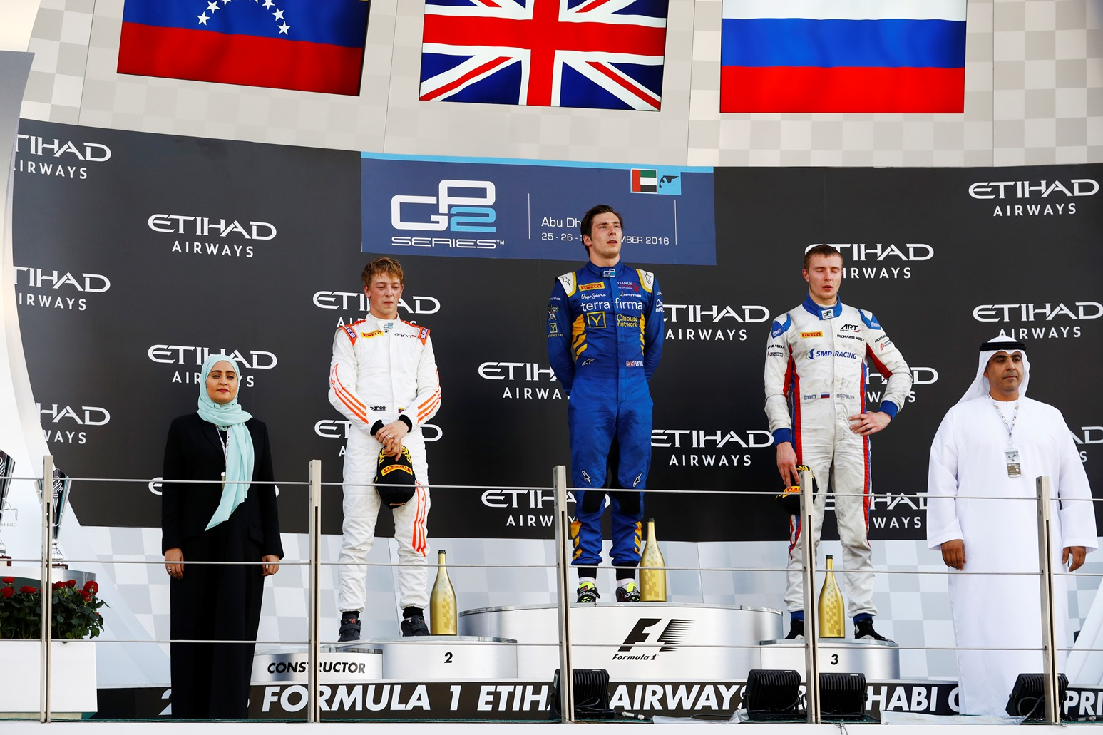 INMEJORABLE PODIO DE JOHNNY CECOTTO JR EN LA ÚLTIMA CARRERA DEL AÑO EN GP2 SERIES