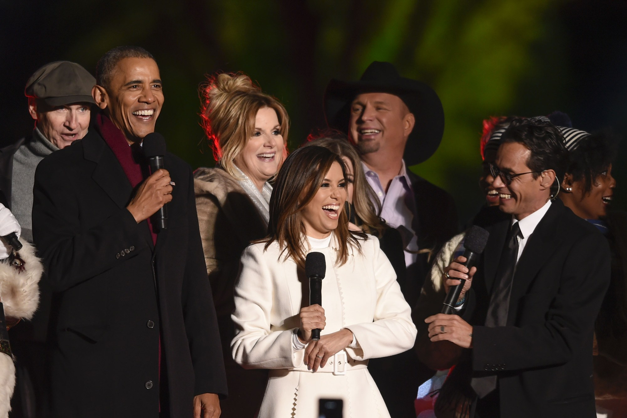 Eva longoria And Marc Anthony Help Light Obama's Last Christmas Tree As The First Family