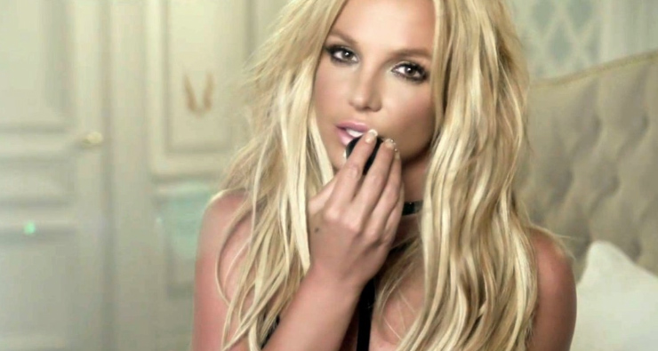britney-spears-clumsy