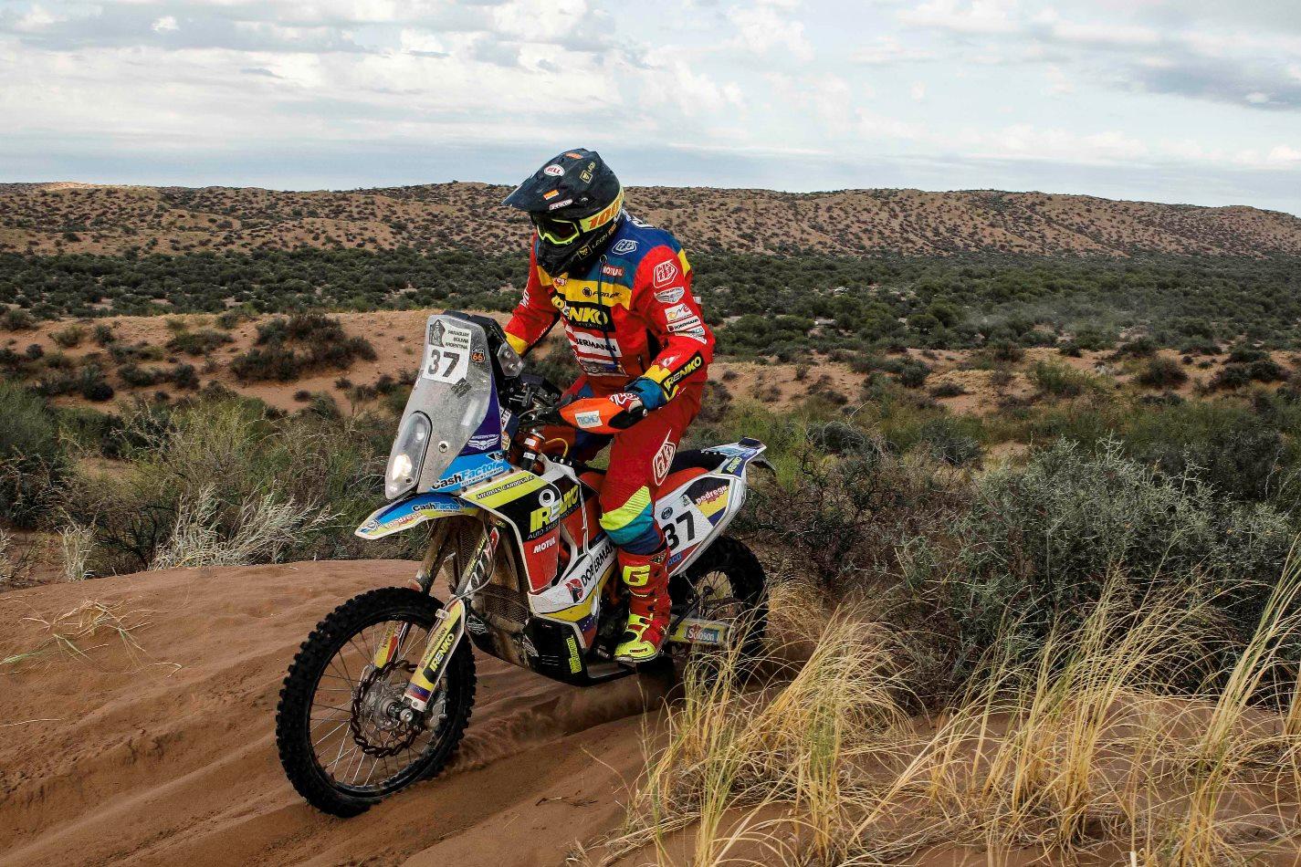 [Imagen: Nicolas-Cardona-Dakar-2017-3.jpg]