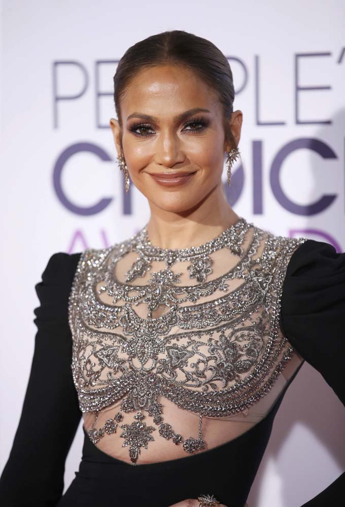 Actress and singer Jennifer Lopez arrives at the People's Choice Awards 2017 in Los Angeles, California, U.S., January 18, 2017.  REUTERS/Danny Moloshok