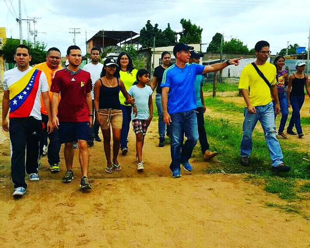 Prensa-Gente-de-Guayana,-Villa-Bahia