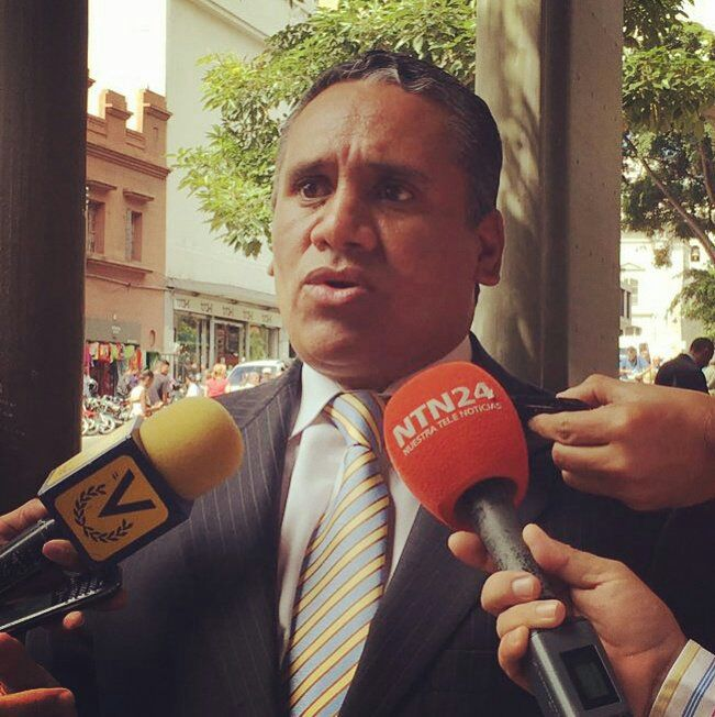 Alejandro Zerpa-abogado