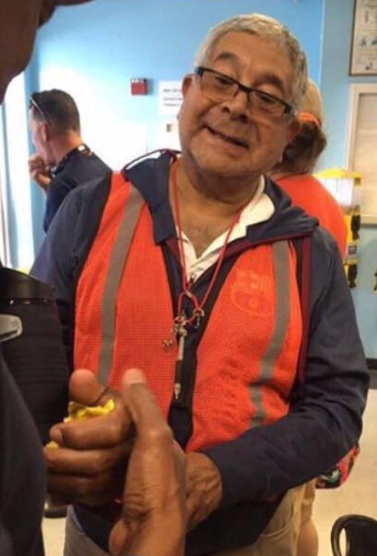 Eladio Aponte Aponte captado en lunes 13 de marzo de 2017 en el aeropuerto de Orlando, EEUU