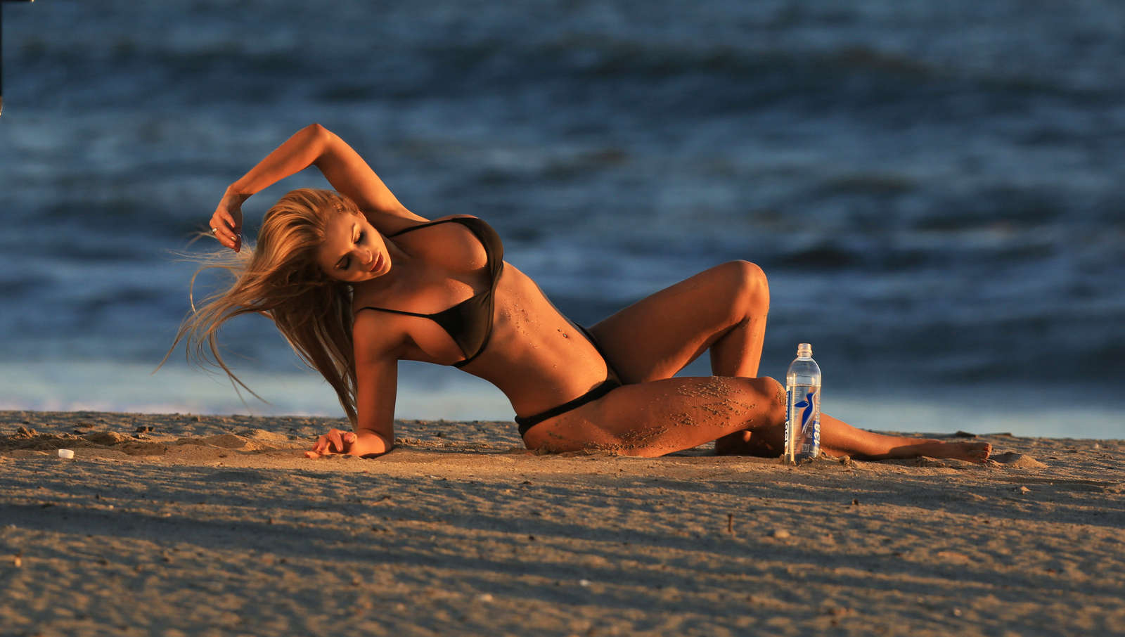 Amy-Lee-Summers--138-Water-Bikini--07