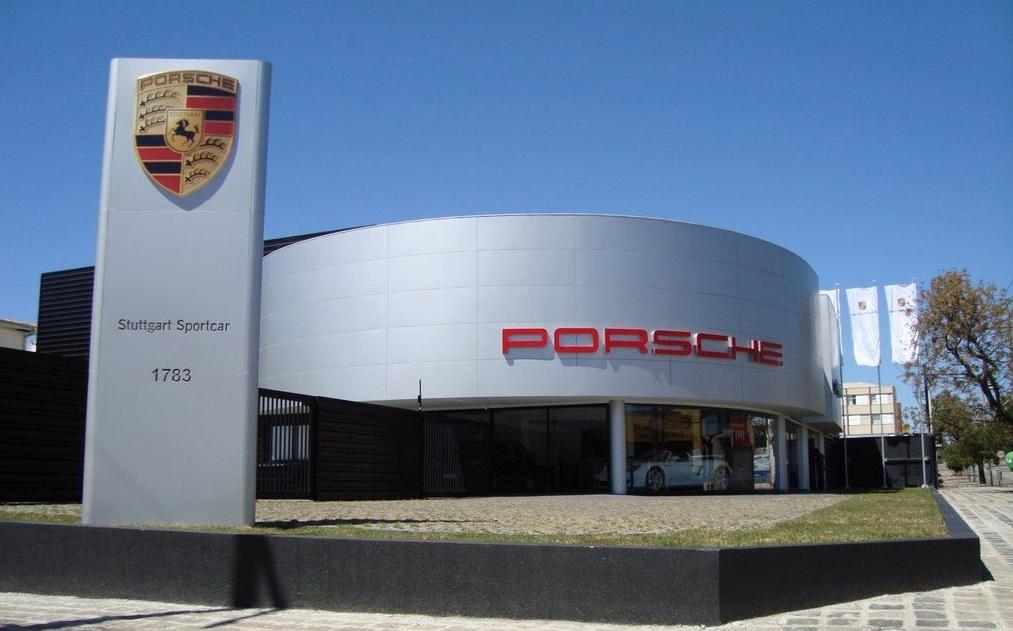 Redada contra Porsche en Alemania Porsche-sede-legale-1