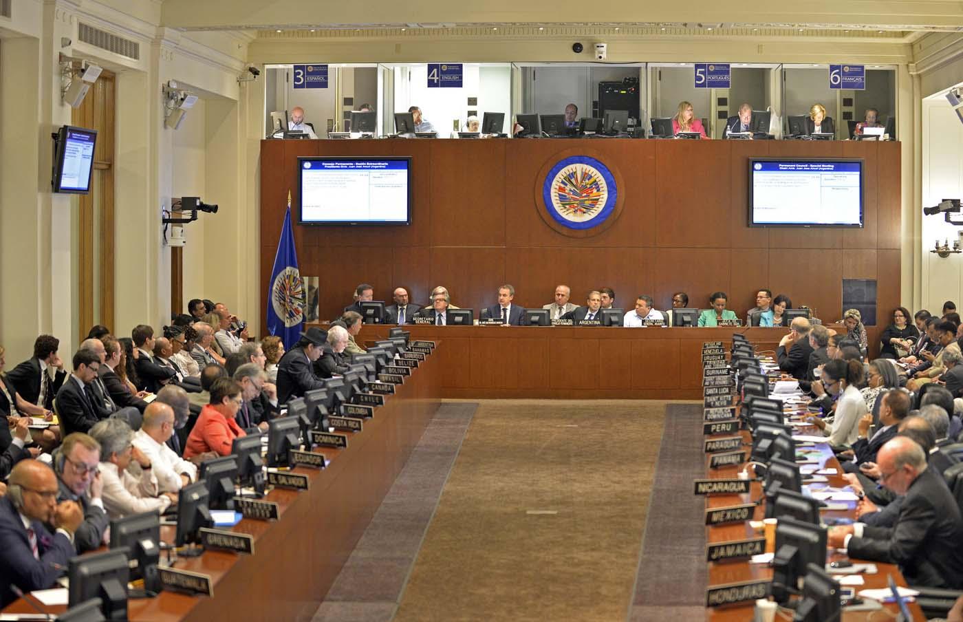 Cancilleres de la OEA estudian reanudar sesión sobre Venezuela