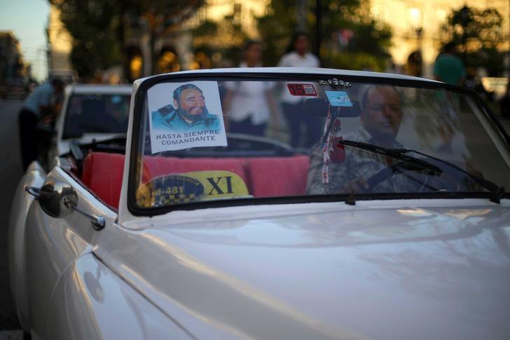 """Cuba venderá gasolina """"premium"""" solamente a los turistas desde abril debido a la crisis de combustible que atraviesa Venezuela, su principal aliado en la región y un socio comercial clave. REUTERS/Ivan Alvarado"""