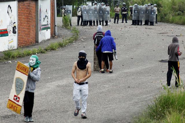 Protestas de San Cristóbal. REUTERS/Carlos Eduardo Ramirez