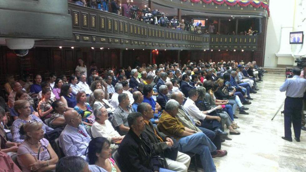 Asamblea Nacional comienza transmisión en vivo #11Abril