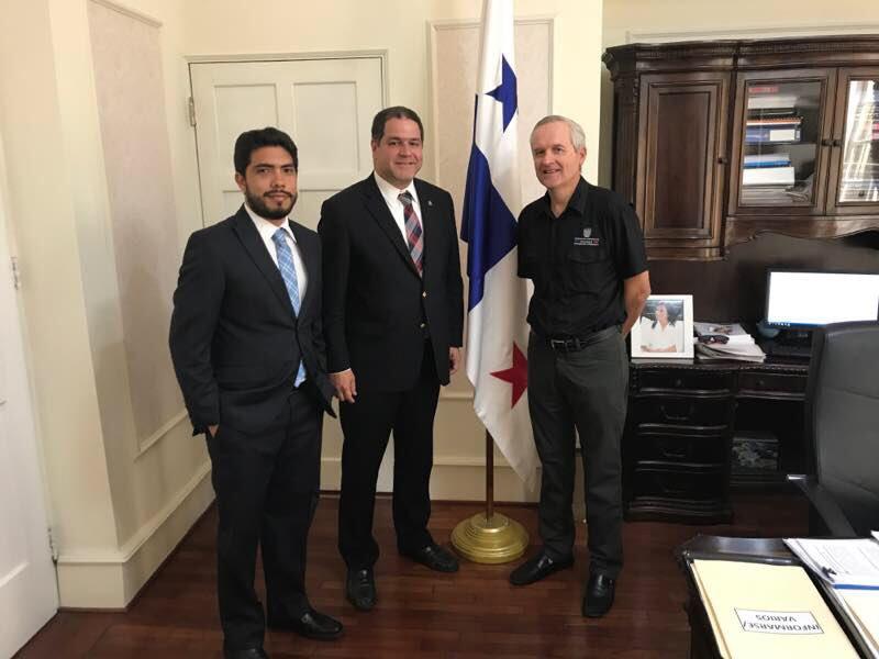 Diputado Luis Florido reunido con con Ministro de la Presidencia de Panamá,  Alvaro Alemán. Foto: @LuisFlorido