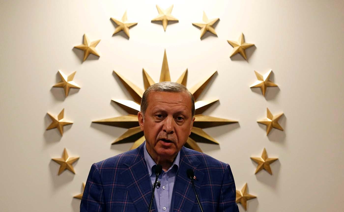Turquía prorroga tres meses más el estado de emergencia