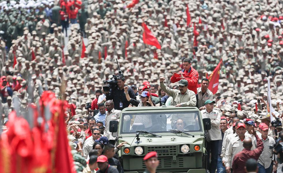 Maduro-980-milicianos