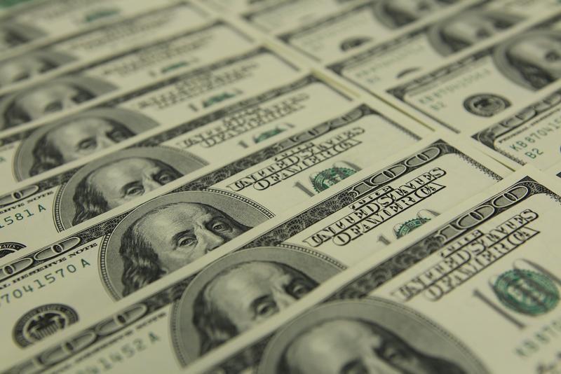 """Gobierno va """"con todo"""" para bajar dólar paralelo"""