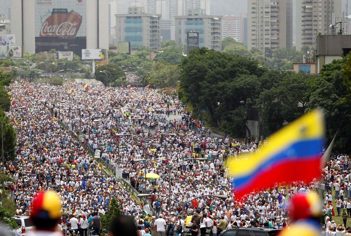 Manifestación en Caracas de este 19 de abril. REUTERS/Carlos Garcia Rawlins