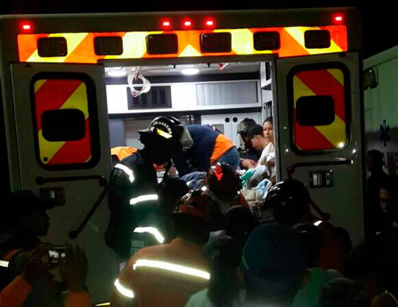Al menos 54 infantes fueron evacuados. Foto: @DarvinsonRojas