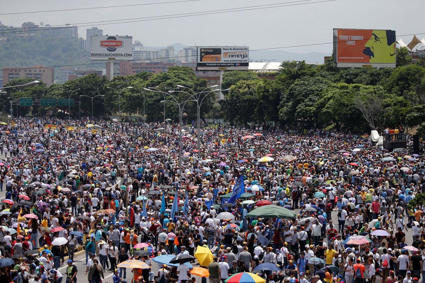 En vivo: Oposición presiona al gobierno de Maduro con plantón en las calles #24A