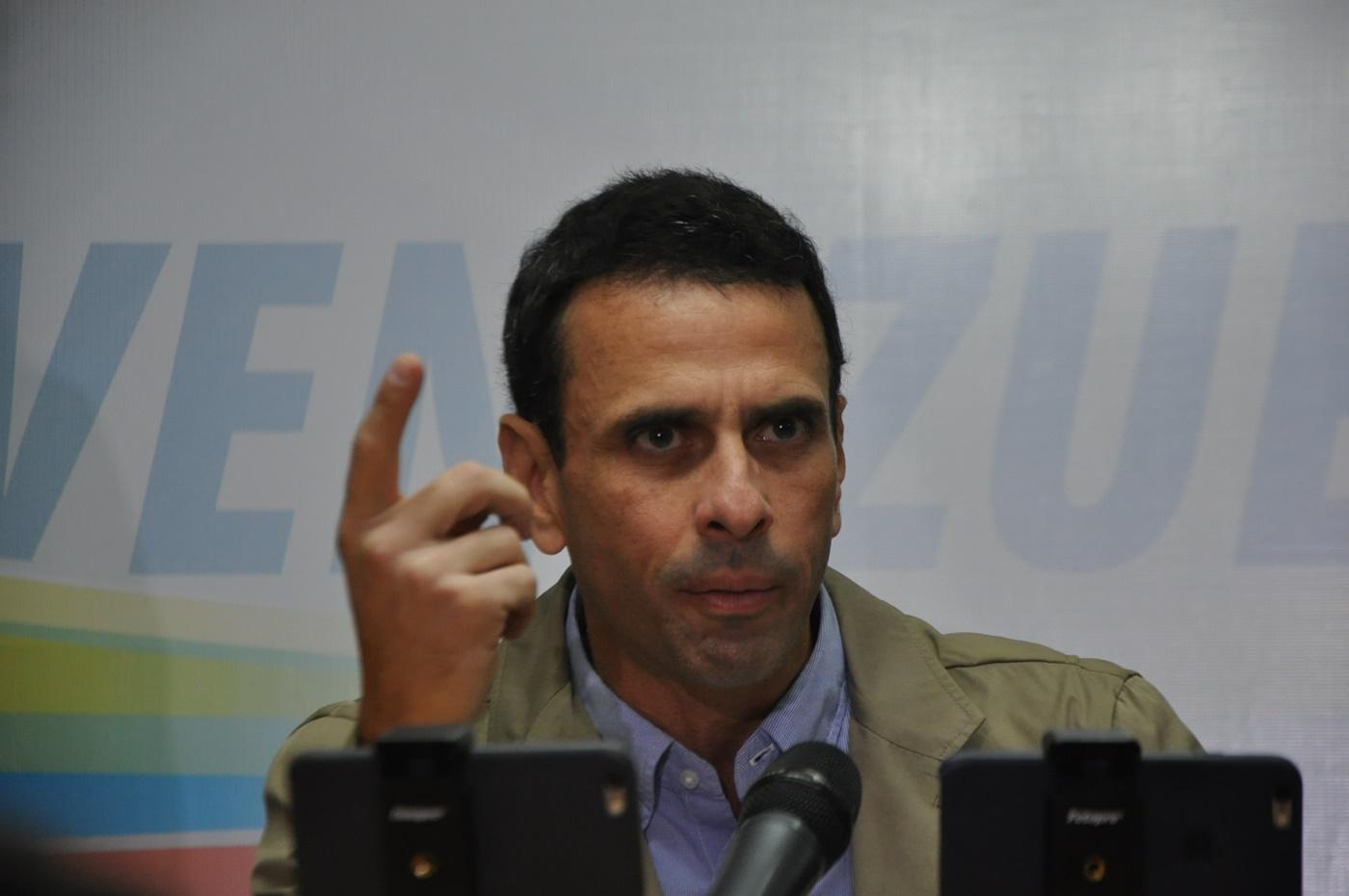 Capriles1400