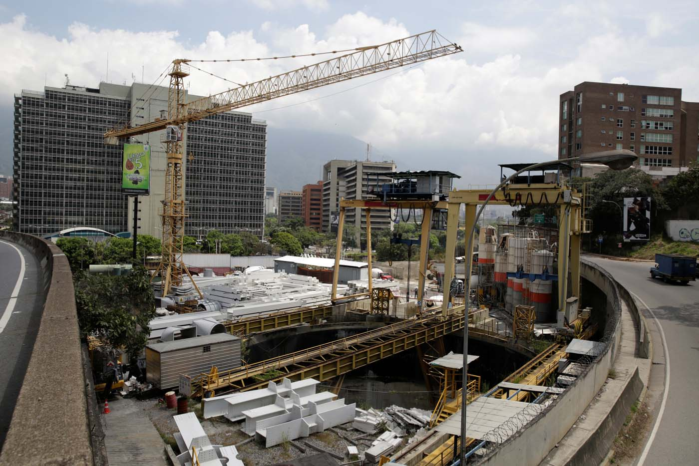 A view of a construction site by Odebrecht of a metro station is seen in Caracas, Venezuela March 29, 2017. Picture taken March 29, 2017. REUTERS/Marco Bello