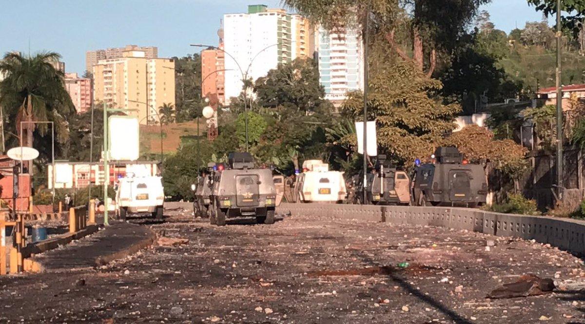 Represión en San Antonio / Foto: @anitam2483