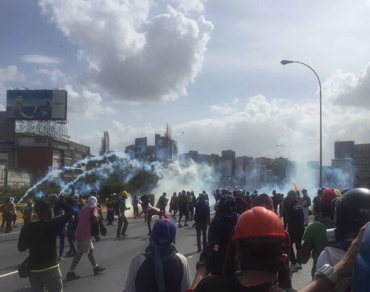 Represión en la Francisco Fajardo. Foto: Raylí Lujan