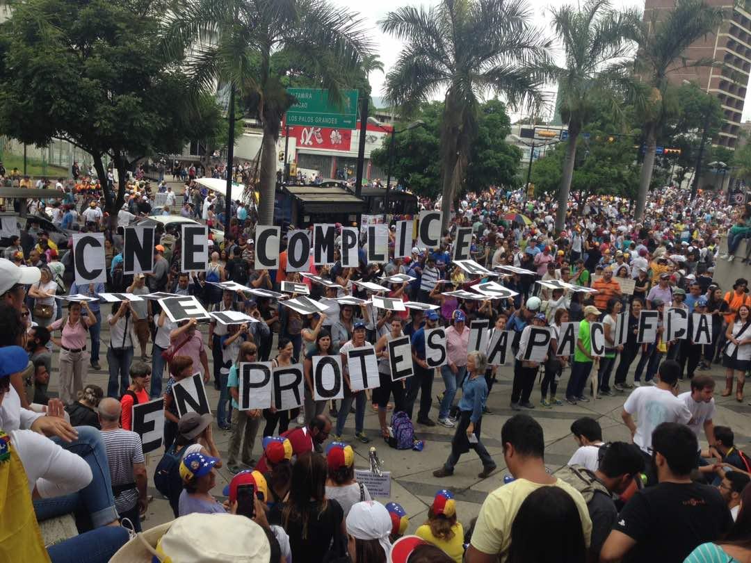 Dirigentes de VP denunciaron brutal represión durante manifestación