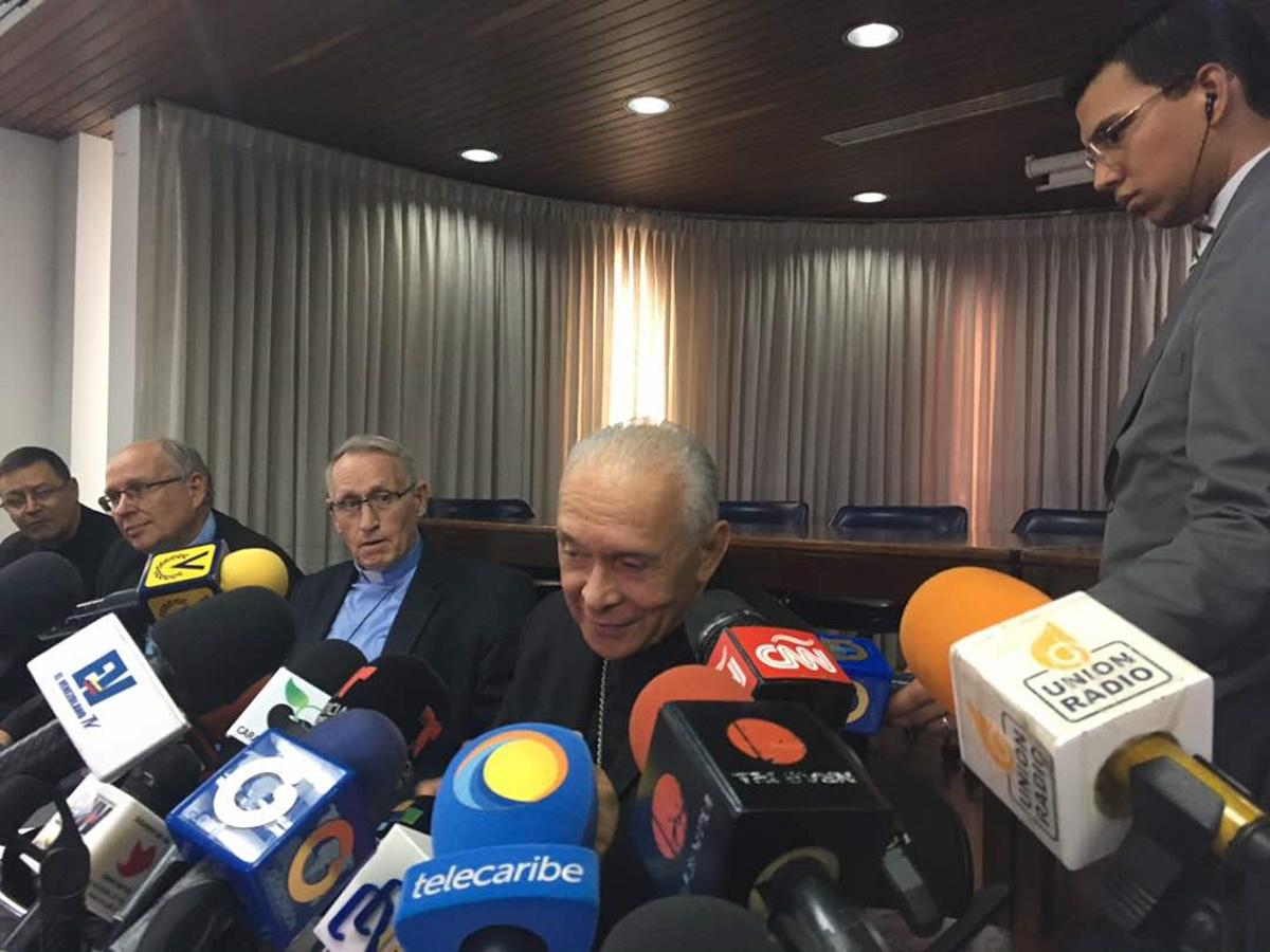 CEV se pronuncia luego de reunirse con la Comisión Presidencial para la Constituyente