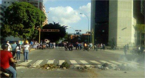 Manifestantes trancaron las calles de Altamira (Foto: PanamPost)