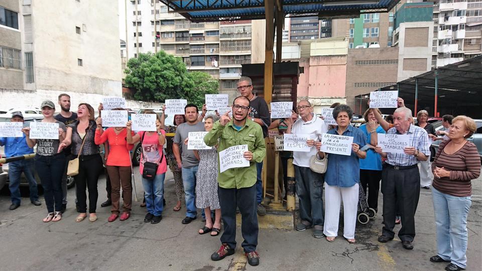 Vecinos del norte de Caracas denunciaron que el Ministerio de Vivienda expropia terrenos y los adjudica a colectivo